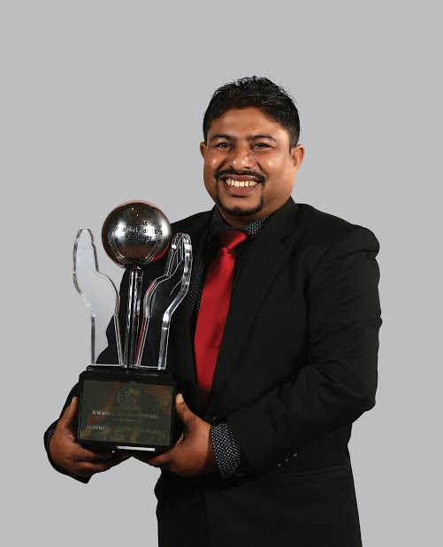 Image  Vinol Priyasenarath best  wealth planners' manager